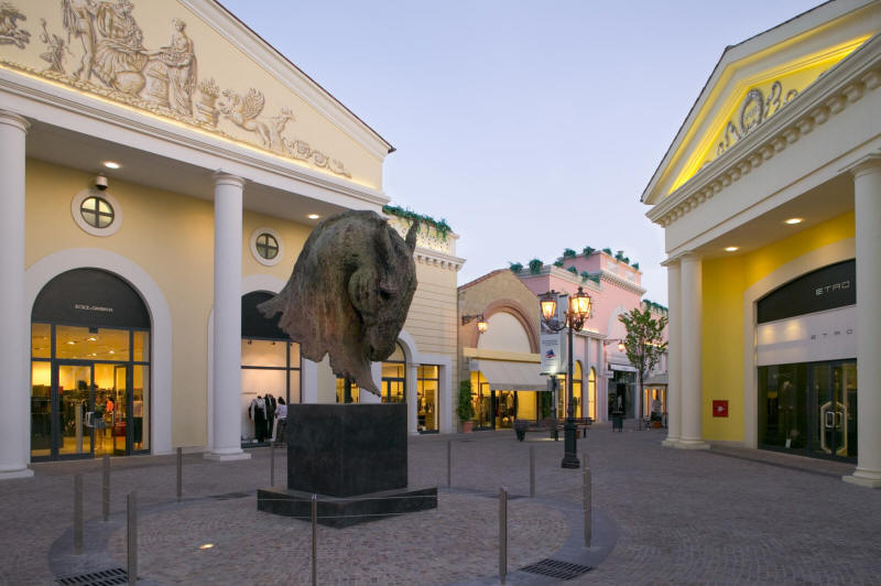 Castel romano designer outlet lazio outlet for Outlet arredamento roma